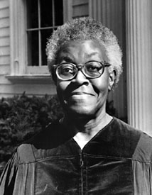 a biography of gwendolyn brooks the first african american to win pulitzer prize Black history month: gwendolyn brooks according a biography on the poetry foundation she was the first african american to win the pulitzer prize.